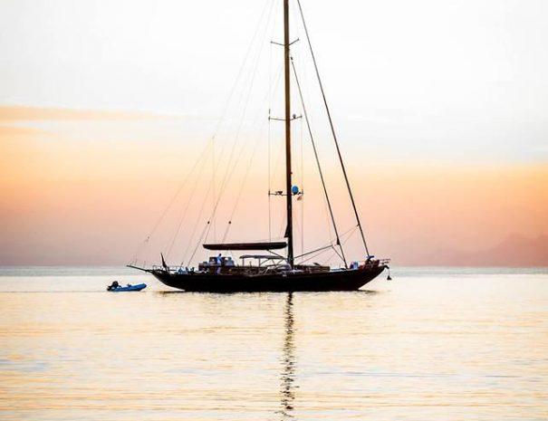 skopelos activities sailing