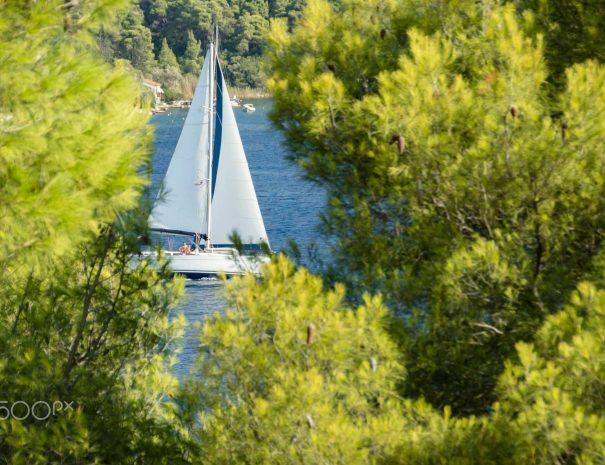 skopelos sailing activities