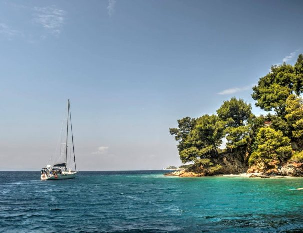 skopelos tour with boat
